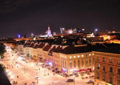 Varsovie la nuit - została stolicą Polski w XVI. Wcześniej stolicą był Kraków.